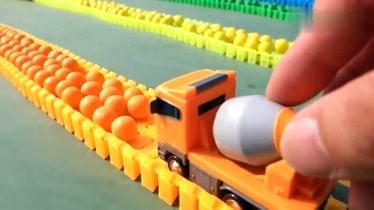 玩具汽车的视频