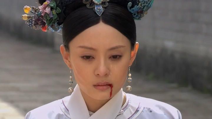甄嬛傳宮斗草包,甄嬛兩句話嚇瘋富察貴人,齊妃也是蠢的夠可憐