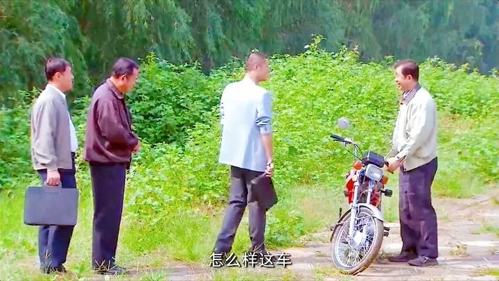 小伙如何利用信息差將沒人要的摩托車變廢為寶