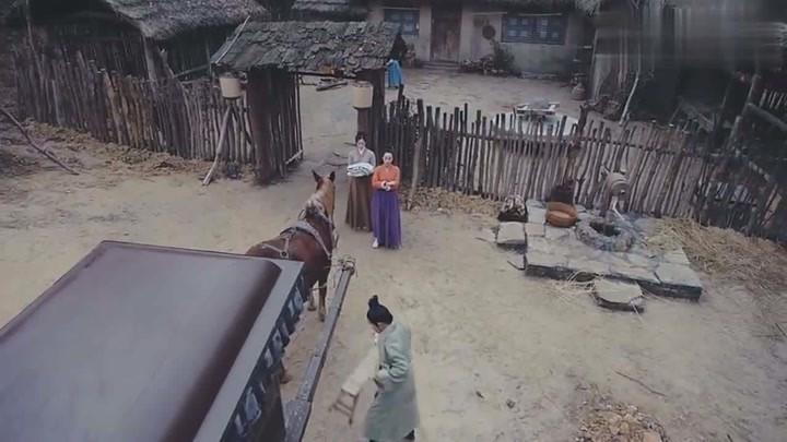 錦繡未央:長樂被貶為奴婢,卻還囂張跋扈要掌摑丫鬟,結果慘了!